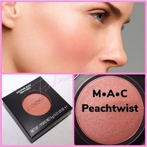 "BNIB MAC Sheertone Blush ""Peachtwist"""